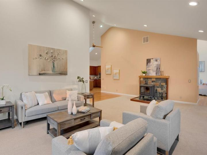 17300 Debbie Rd Los Gatos CA Home. Photo 13 of 36