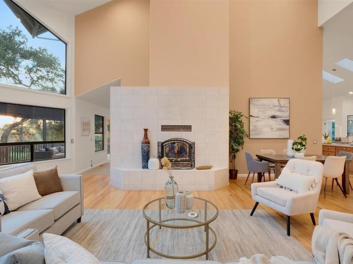 17300 Debbie Rd Los Gatos CA Home. Photo 5 of 36