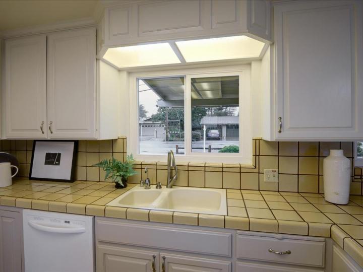215 Hawthorne Ave Los Altos CA Home. Photo 14 of 39