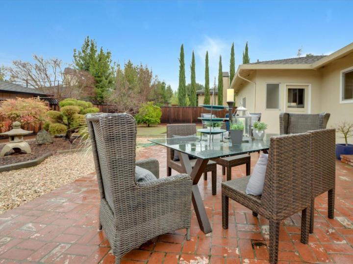 215 Hawthorne Ave Los Altos CA Home. Photo 32 of 39
