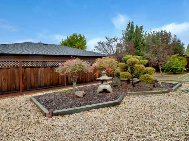 215 Hawthorne Ave Los Altos CA Home. Photo 38 of 39