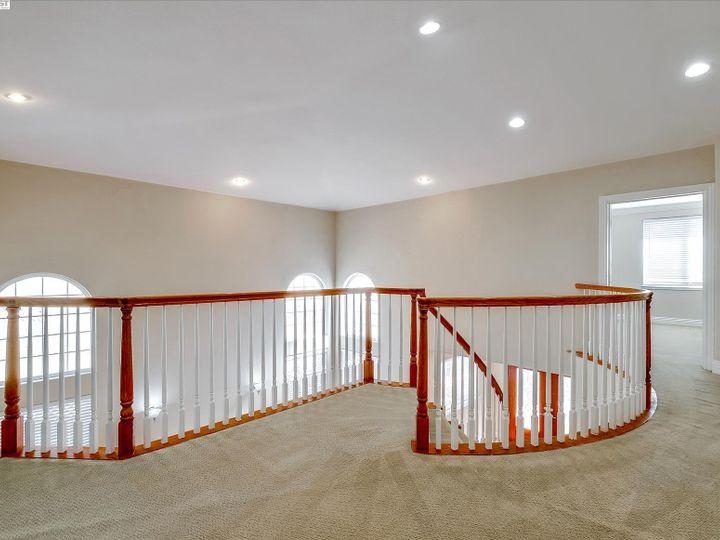 24257 Ridgecreek Ln Hayward CA Home. Photo 15 of 40