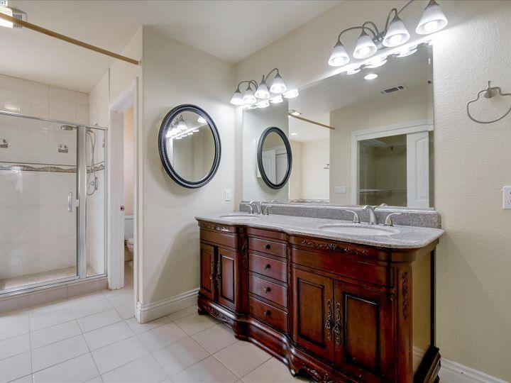 24257 Ridgecreek Ln Hayward CA Home. Photo 23 of 40
