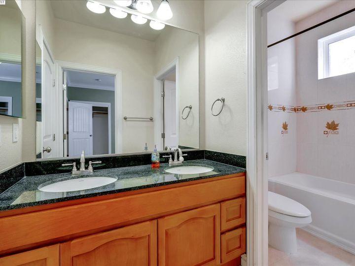24257 Ridgecreek Ln Hayward CA Home. Photo 24 of 40