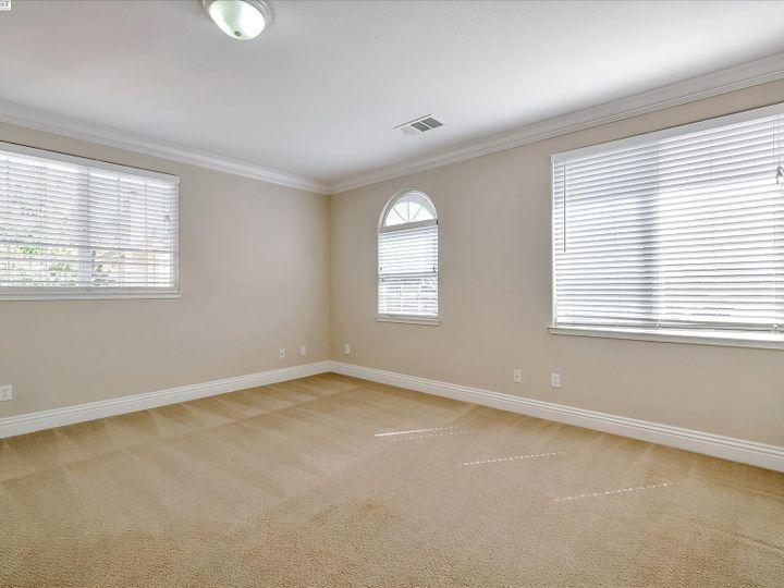 24257 Ridgecreek Ln Hayward CA Home. Photo 31 of 40