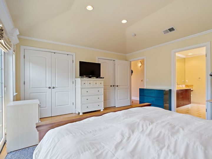 27 Willow Glen Way San Carlos CA Home. Photo 13 of 34