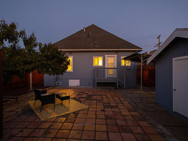 3275 Maple Ave Oakland CA Home. Photo 5 of 37