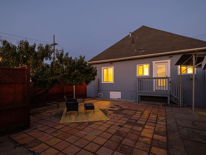 3275 Maple Ave Oakland CA Home. Photo 6 of 37