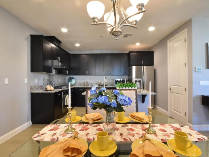 362 Expedition Ln, Milpitas, CA, 95035 Townhouse. Photo 14 of 40