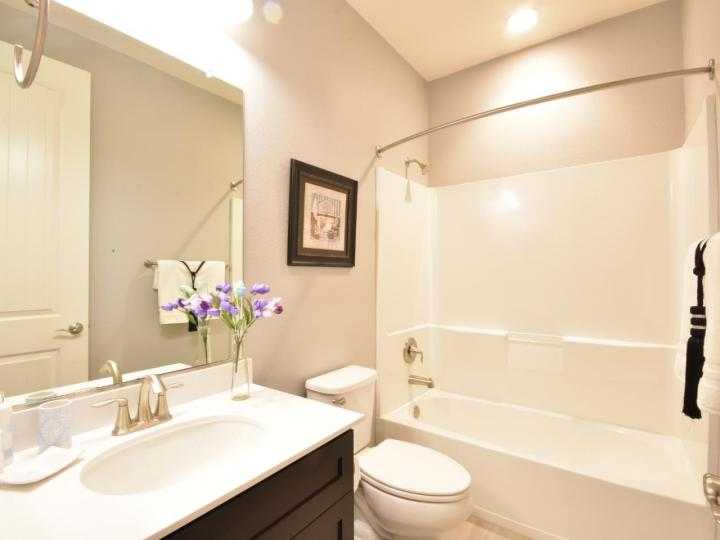 362 Expedition Ln, Milpitas, CA, 95035 Townhouse. Photo 35 of 40