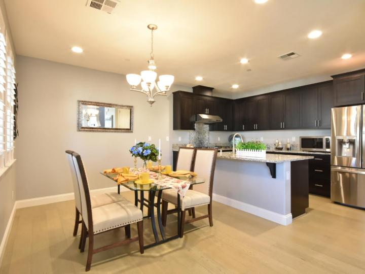 362 Expedition Ln, Milpitas, CA, 95035 Townhouse. Photo 10 of 40