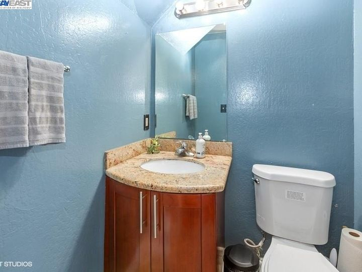 3901 Clayton Rd #49, Concord, CA, 94521 Townhouse. Photo 11 of 15