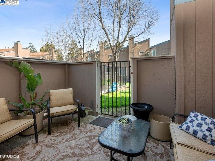 3901 Clayton Rd #49, Concord, CA, 94521 Townhouse. Photo 12 of 15
