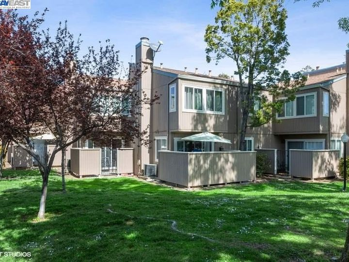 3901 Clayton Rd #49, Concord, CA, 94521 Townhouse. Photo 15 of 15