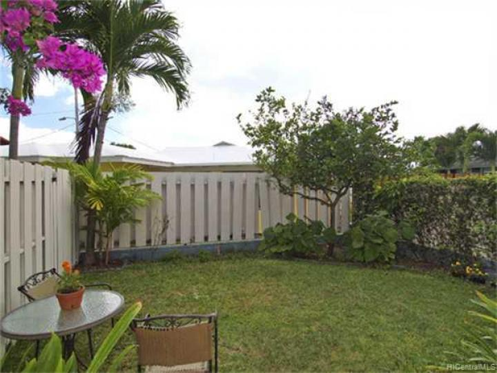 611 Kaiemi St Kailua HI Home. Photo 10 of 10