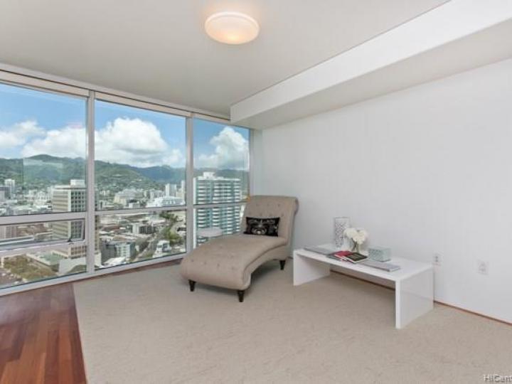 Hawaiki Tower condo #2703. Photo 11 of 19