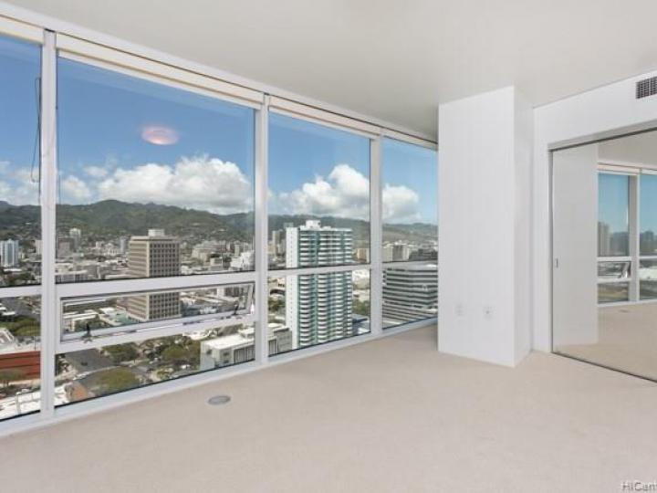 Hawaiki Tower condo #2703. Photo 14 of 19
