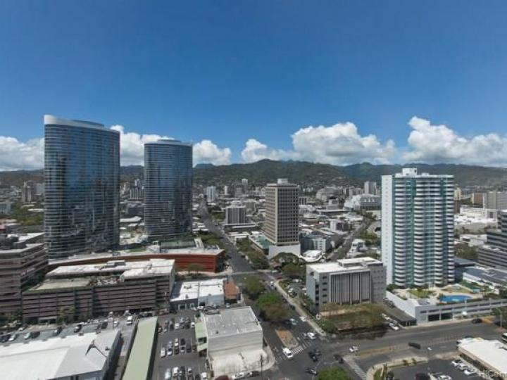Hawaiki Tower condo #2703. Photo 6 of 19