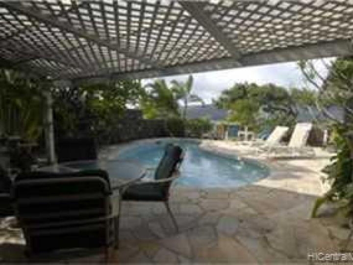 Honolulu HI Home. Photo 9 of 10