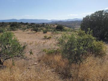 1 Camino Vista Dr, Under 5 Acres, AZ