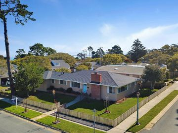 1011 Mcfarland Ave, Pacific Grove, CA