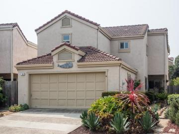 136 Seal Ct, Marina, CA