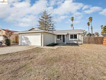 1446 Heather Ln, Springtown, CA
