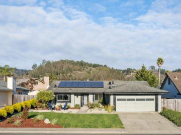 1523 Hawser Ln, Half Moon Bay, CA