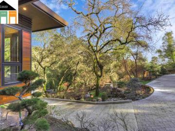 23 Camellia Ln, Happy Valley, CA