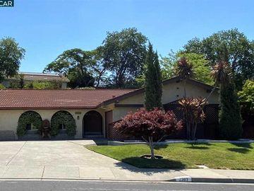2307 Lariat Ln, Livorna Estates, CA
