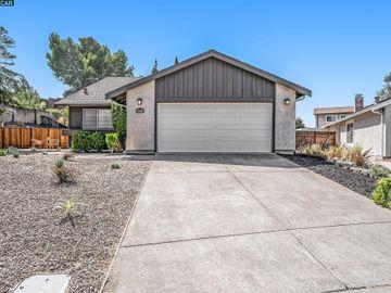 281 Riverwood Cir, Village Oaks, CA