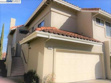 3085 Lakemont Dr unit #3, Cany0n Lakes, CA
