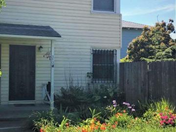 340 W Bissell Ave, Atchison Village, CA
