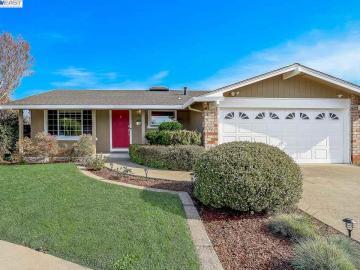 34272 Newton Pl, Northgate, CA