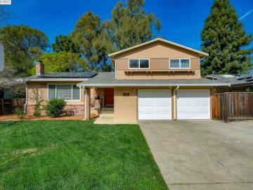3428 Saddle Dr, Hayward Hills, CA