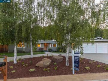 3495 Black Hawk, Springhill, CA