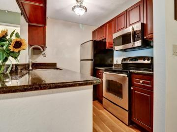 370 Imperial Way unit #327, Daly City, CA