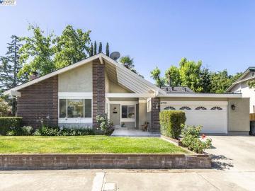 3710 Oak Brook Ct, Pleasant Meadows, CA