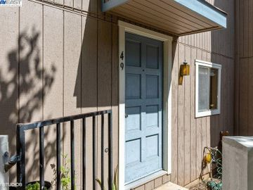 3901 Clayton Rd #49, Concord, CA, 94521 Townhouse. Photo 2 of 15