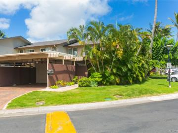 402 Koko Isle Cir #1801, Honolulu, HI, 96825 Townhouse. Photo 1 of 25