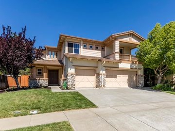 4257 The Masters Dr, Fairfield, CA