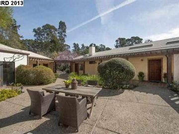 4601 Grass Valley Rd Oakland CA Home. Photo 3 of 40