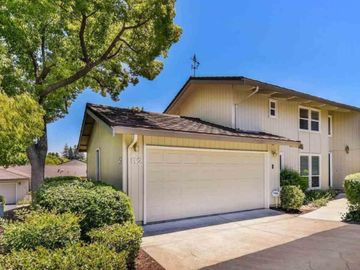 52 Rolling Green Cir, Rolling Green, CA