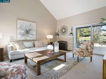 536 Silver Lake Dr, Danville, CA, 94526 Townhouse. Photo 4 of 32