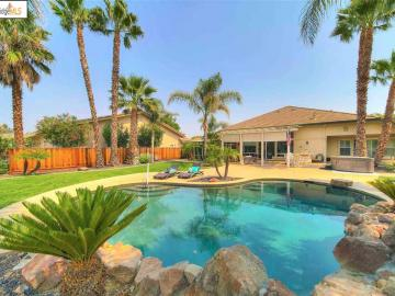 5726 Greenfield Way, Discovery Bay Country Club, CA