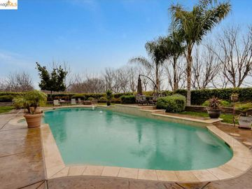 5880 Balfour Rd, Brentwood, CA