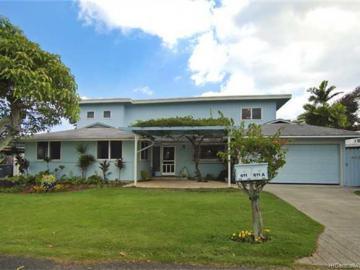 611 Kaiemi St Kailua HI Home. Photo 3 of 10