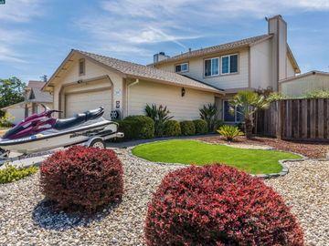 646 Azores Cir, Mota Ranch, CA