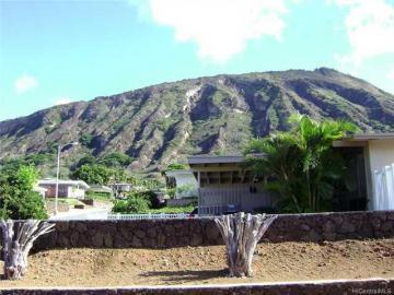 7243 Naohe St Honolulu HI Home. Photo 2 of 4