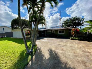 780 Iana St, Enchanted Lake, HI
